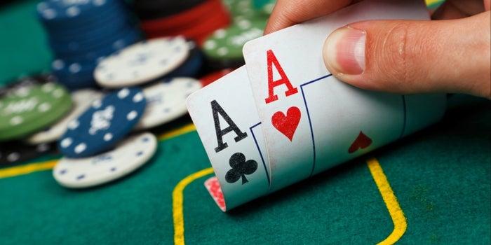 tro choi truc tuyen poker